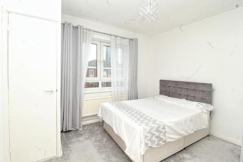 1 bedroom flat to rent - Neptune Street, LONDON, SE16 7JR
