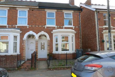 3 bedroom semi-detached house to rent - Seymour Road, Linden, Gloucester