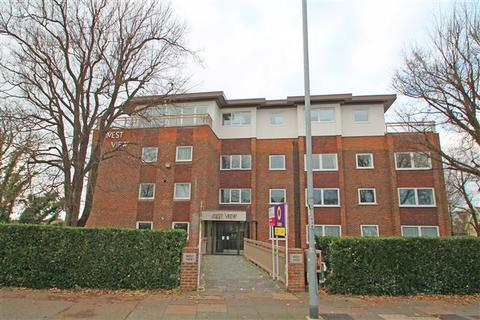 3 bedroom flat for sale - The Drive, Hove