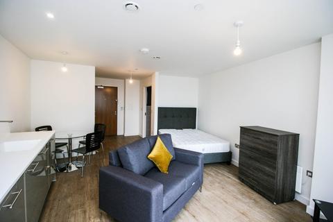 Studio to rent - The Bank, Sheepcote Street