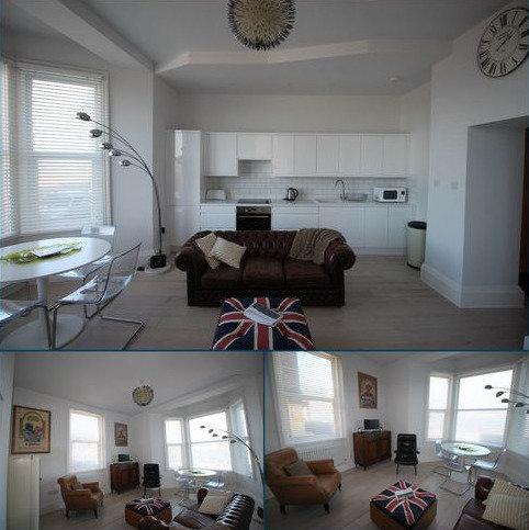 2 bedroom flat to rent - Sea View Retreat