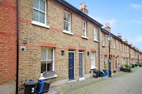 2 bedroom cottage to rent - St James`s Cottages, Richmond, TW9