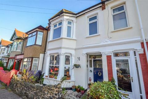 2 bedroom flat for sale - Tintern Avenue, Westcliff-on-sea, Essex