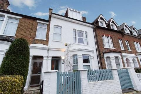 4 bedroom terraced house to rent - Allison Road, London