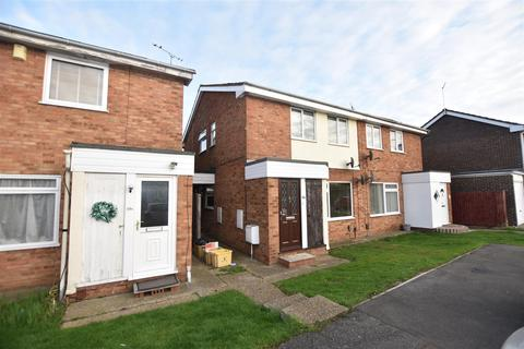 1 bedroom flat for sale - Hilton Road, Canvey Island