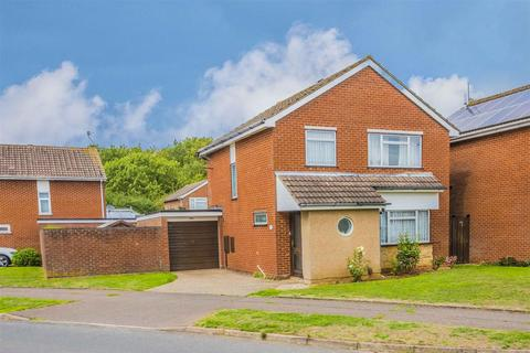 4 bedroom detached house for sale - Obelisk Rise, Kingsthorpe