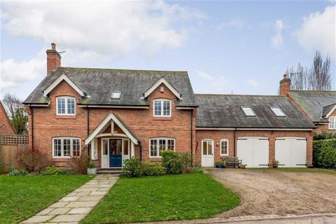 5 bedroom detached house for sale - The Orchard, 72 Knighton Church Road, Leicester, Leicestershire