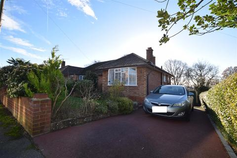 2 bedroom bungalow for sale - Westminster Crescent, Hastings