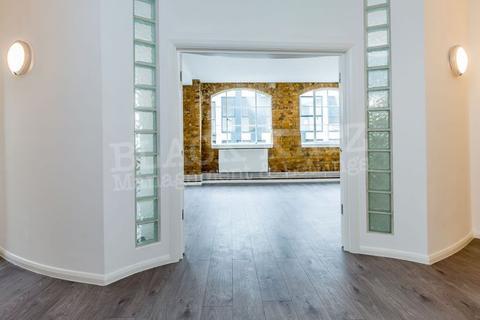 3 bedroom flat to rent - SPRINGFIELD HOUSE LOFTS-TYSSEN STREET - 2 WEEKS RENT FREE