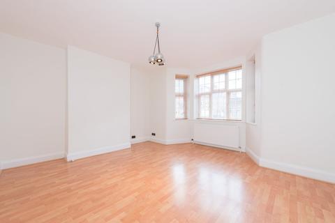 2 bedroom flat for sale - Glenmore Road, London