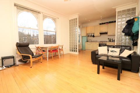 1 bedroom apartment to rent - Queens Drive N4