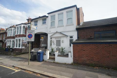 Office to rent - Bedford Road, East Finchley, London N2