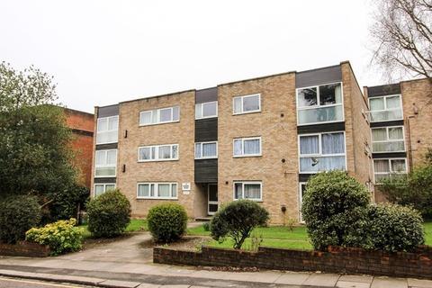 2 bedroom ground floor flat to rent - Manor Road, High Barnet