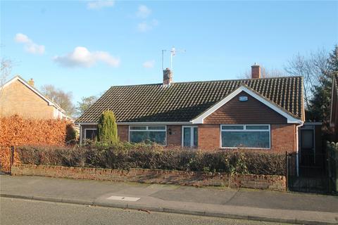 2 bedroom bungalow to rent - Denbeigh Drive, Tonbridge, TN10