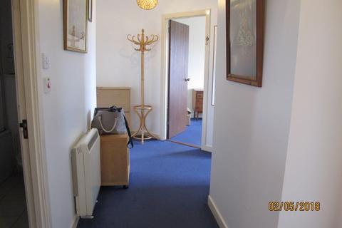 2 bedroom flat to rent - Hawthornden Place, Pilrig, Edinburgh, EH7 4RG