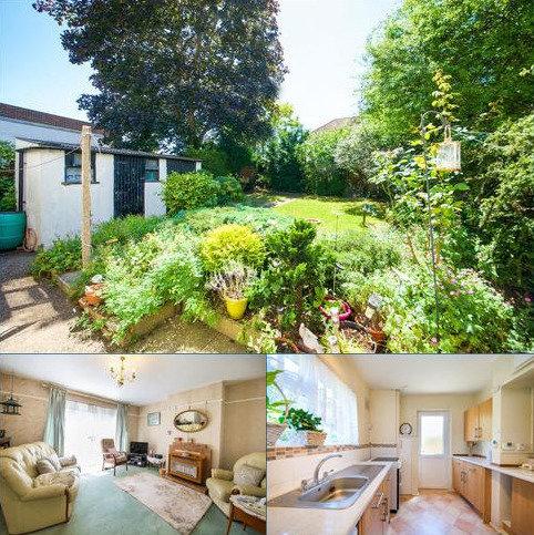 3 bedroom semi-detached house to rent - Laburnum Grove, London NW9