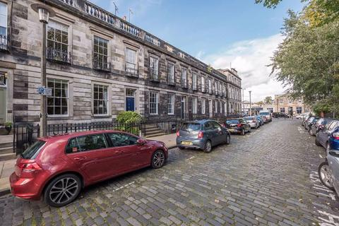 5 bedroom townhouse to rent - Dean Terrace, Stockbridge, Edinburgh, EH4 1ND