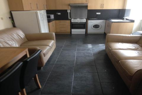 6 bedroom house to rent - King Edwards Road, Brynmill, Swansea,