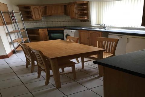 4 bedroom flat to rent - Bond Street, Sandfields, Swansea