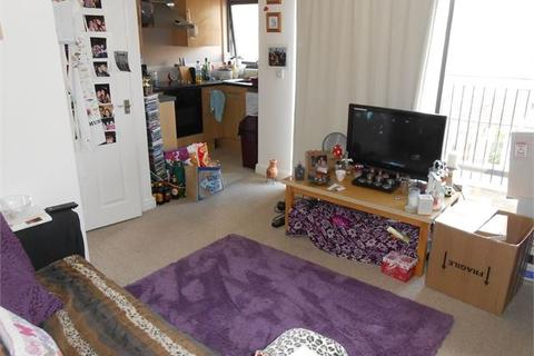 1 bedroom house share to rent - St Helens Court, St Helens Road, Swansea, SA1 4DJ