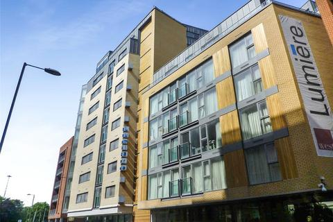 2 bedroom apartment to rent - City Road East, Manchester, M15