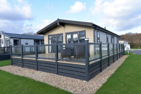 2 bedroom property for sale - Hoburne Bashley, New Milton
