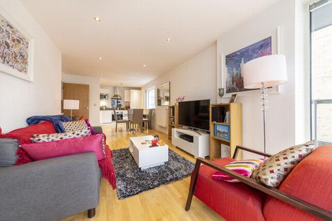2 bedroom apartment to rent - Canary View, 23 Dowells Street, New Capital Quay, London, SE10