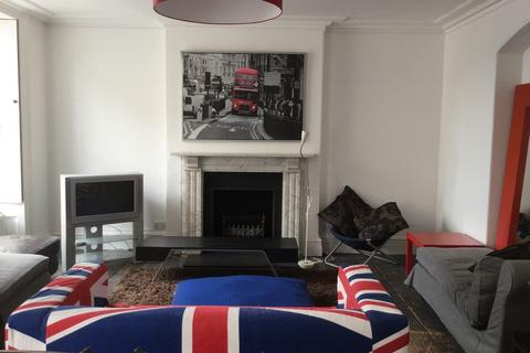 8 bedroom terraced house to rent - Princess Victoria Street, Clifton Village, Bristol