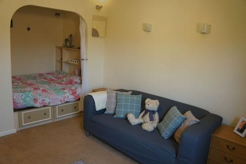 1 bedroom flat to rent - Squirrel Close, Quedgeley