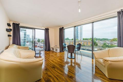 2 bedroom apartment to rent - The Lock Building, Stratford, E15