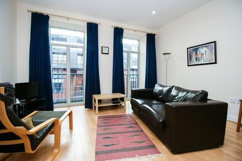 1 bedroom apartment to rent - Holliday Wharf, 11 Waterfront Walk