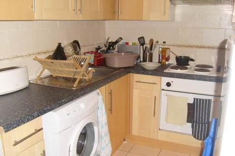 3 bedroom house to rent - Miskin Street, Cathays ,