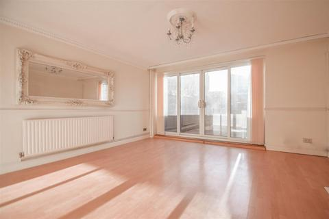 3 bedroom house to rent - Weymouth Terrace, E2