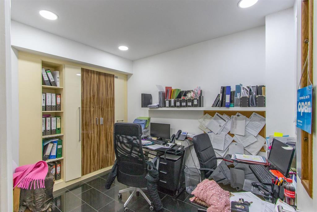 JNR Office 5.jpg
