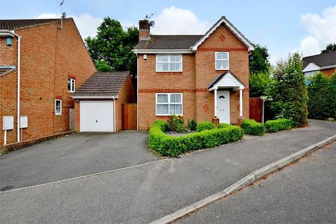 4 bedroom detached house for sale - Friesian Way, Kennington, Ashford