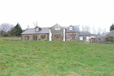 5 bedroom property with land for sale - Saron Road, Saron, Ammanford