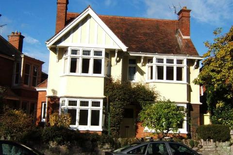 5 bedroom detached house to rent - Spicer Road, Exeter, EX1