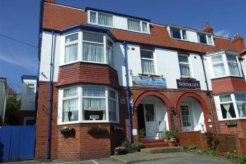 Guest house for sale - Columbus Ravine, Scarborough, North Yorkshire