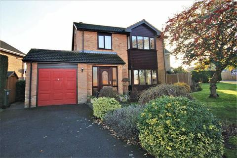 3 bedroom detached house for sale - Manor Court, Nettleham, Lincoln, Lincolnshire