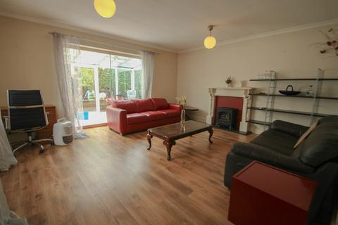 1 bedroom maisonette to rent - Parkstone Drive, Camberley