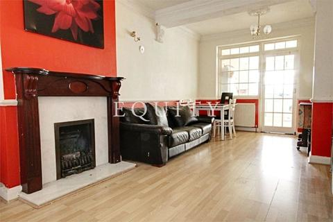 3 bedroom semi-detached house to rent - Larmans Road, Enfield, EN3