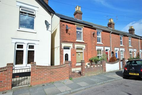 3 bedroom end of terrace house for sale - Canterbury Road, Colchester, CO2