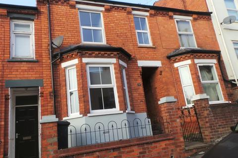 3 bedroom terraced house to rent - Clarina Street, Lincoln