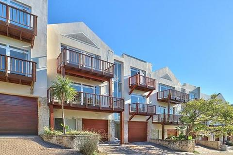 4 bedroom townhouse  - Cape Town, Higgovale