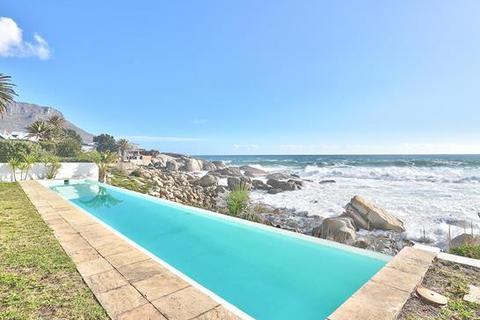 4 bedroom house  - Cape Town, Bakoven
