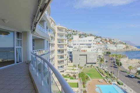 3 bedroom apartment  - Cape Town, Bantry Bay