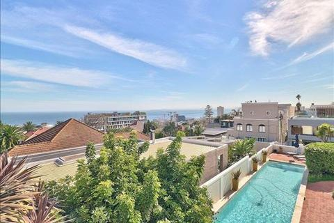 9 bedroom house - Cape Town, Fresnaye