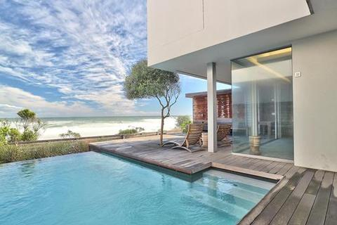 3 bedroom apartment  - Cape Town, Camps Bay