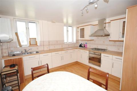 6 bedroom house share to rent - Stortford Road, Clavering