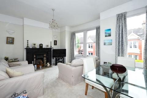 3 bedroom apartment to rent - Playfield Crescent London SE22